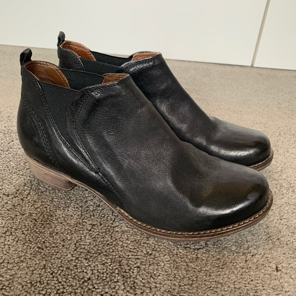 Clark's Ankle Boot